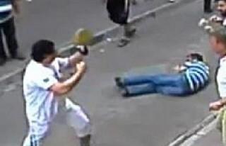 Kendisine saldıran esnafları döven turist İralandalı...