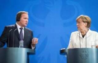 """Merkel: """"Müslümanlar da İslam da Almanya'ya..."""