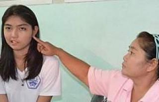 Öğretmenin fırlattığı bardak genç kızın hayatını...