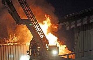 Östersund'da çıkan yangında bir kişi hayatını...