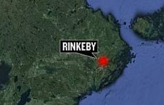 Rinkey'de polise taşlı saldırı