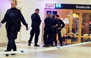 Stockholm'de silahla hastane baskını; bir kişi...