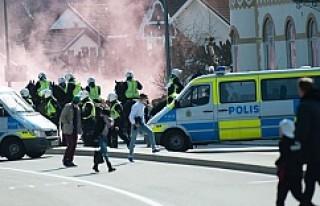 Stockholm derbisinde İsveçliler birbirine girdi