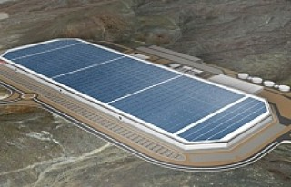 Tesla yenilenebilir enerji üreteceği Gigafactory...
