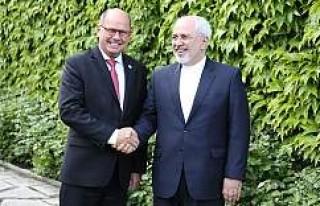 Zarif, İsveç Parlamento Başkanı ile görüştü