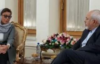 Zarif, İsveçli yetkiliyi Kabul etti
