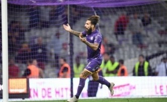 """Galatasaray, Jimmy Durmaz ile imzalıyor"""