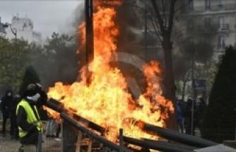 Fransa'da polis ve eylemciler arasındaki çatışmalar