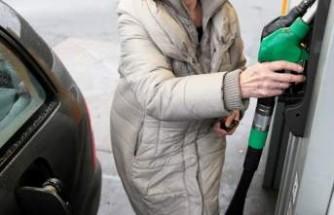 İsveç'te benzin fiyatlarında rekor artış