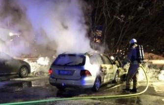 İsveç'te 97 araç kundaklandı