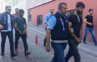 Gurbetçi çifti, 46 bin euro dolandıranlar yakalandı