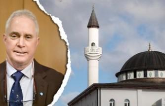 İsveç'te cami yapılmasını öneren politikacı istifa etti