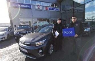 Stockholm'de başarılı bir otomobil satıcısı