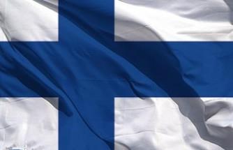 Finlandiya camiye el bombası atan saldırgan aranıyor