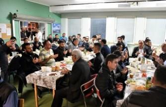 Stockholm'de Rinkeby Türk Kültür Cemiyeti iftar yemeği verdi