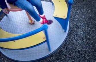 Göteborg'da evsiz çocuklar aile bekliyor