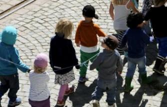Göteborg şehrinde - Ana okul asistanları kadrolu olabilir