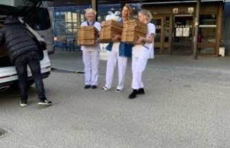 İsveç'te gurbetçi girişimci sağlık çalışanlarına ücretsiz pizza ikram etti