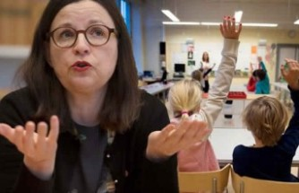 İsveç'te hükümet okulları kapatıp kapatmayacağını görüşüyor
