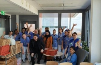 İsveç'te gurbetçilerden sağlık çalışanlarına moral