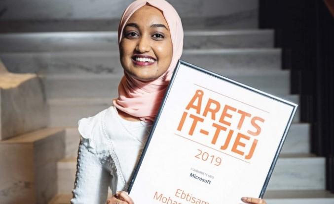İsveç'te yazılım teknolojisi  dalında 'Yılın kızı' türbanlı bir öğrenci seçildi