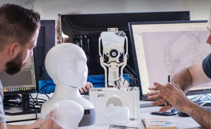 İsveç'te iş bulma ayrımcılığını önlemek için robot kullanıldı