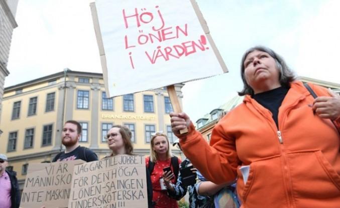 İsveç'te hemşireler eylem yaptı