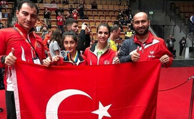 Ebru Acer İsveç'te gümüş madalya kazandı