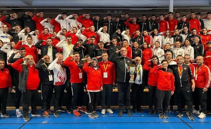 Milli tekvandocular İsveç'te 37 madalya kazandı