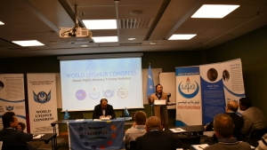 Uygurlu gençler için Stockholm'de seminer