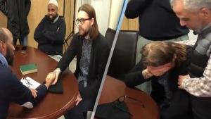 Gözyaşları içinde Müslüman olan Norveçli