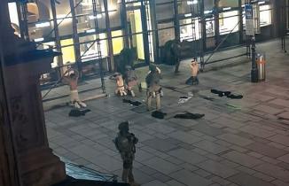 Bir Türk vatandaşının da yaralandığı Viyana'daki terör saldırıyla ilgili video görüntüler