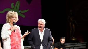 Sanatçı Erdal Özyağcılar'a İsveç'te İbrahim Tatlıses'li büyük sürpriz