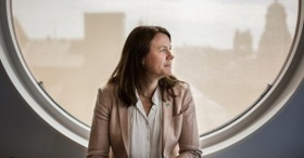 İsveçli bakan siyaseti bıraktı