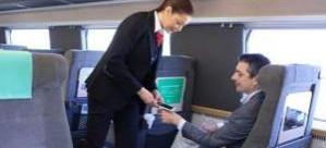 İsveç ele yerleştirilen çiple tren yolculuklarını başlatıyor