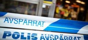 Metro'da iki kişi bıçaklandı